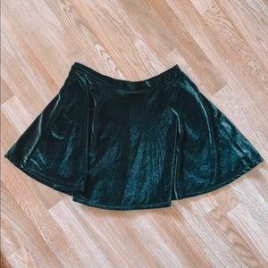 Black velvet circle skirt, size large